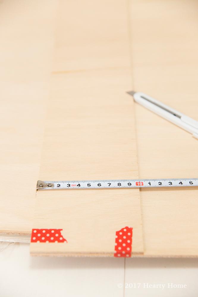 玄関 DIY インテリア 腰壁 ベニヤ 作り方
