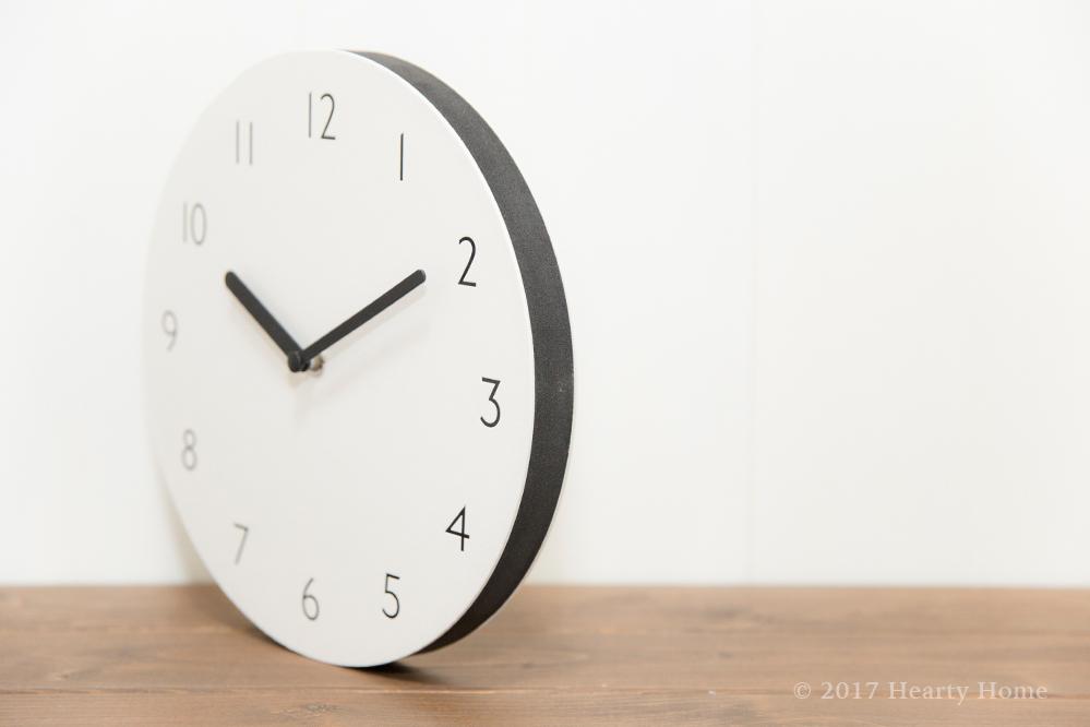 トハギの壁掛け時計