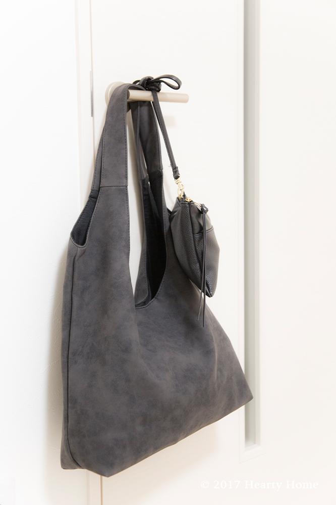 鞄 かばん 中身 公開 出張 ミニマリスト